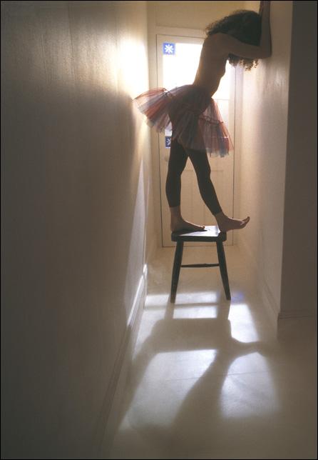 Ballet-on-stool-01