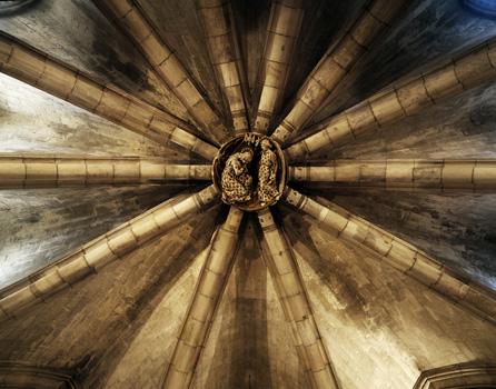 Sagrada-Crypt-Zo