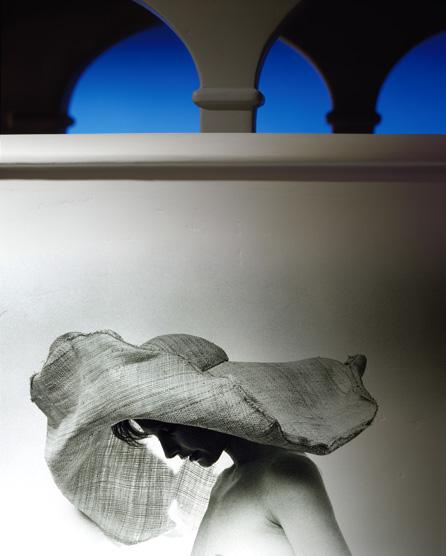 Arches-Lindy-BigHat-02.jpg